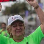 Mujer participa en carrera con corazón trasplantado de un medallista olímpico