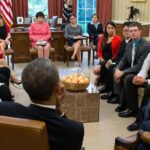 Obama convoca en Chicago cumbre con jóvenes líderes cívicos de todo el mundo