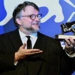 Festival Venecia: Guillermo del Toro ganó el León de Oro de la 74 edición