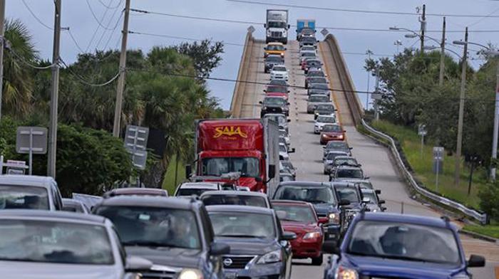 Ezeiza: al menos 2 vuelos a Miami cancelados por el huracán