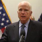 McCain anuncia voto en contra de la nueva propuesta para tumbar Obamacare