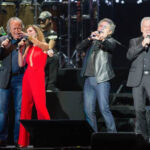 Astros españoles conmemoran dos décadas de su exitosa gira en Chile