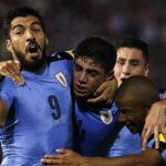 Uruguay gana de visita a Paraguay, queda segundo y mira hacia Rusia
