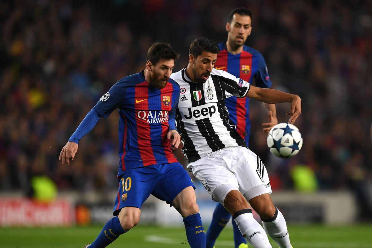 Messi se luce tocando en piano el himno de la Champions