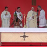 Francisco proclama beatos al sacerdote Ramírez Ramos y al obispo Jaramillo