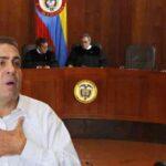 Supremo colombiano pide capturar a senador por supuesta red de corrupción