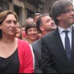 Alcaldesa de Barcelona llega a un acuerdo con Puigdemont para permitir votar el 1-O