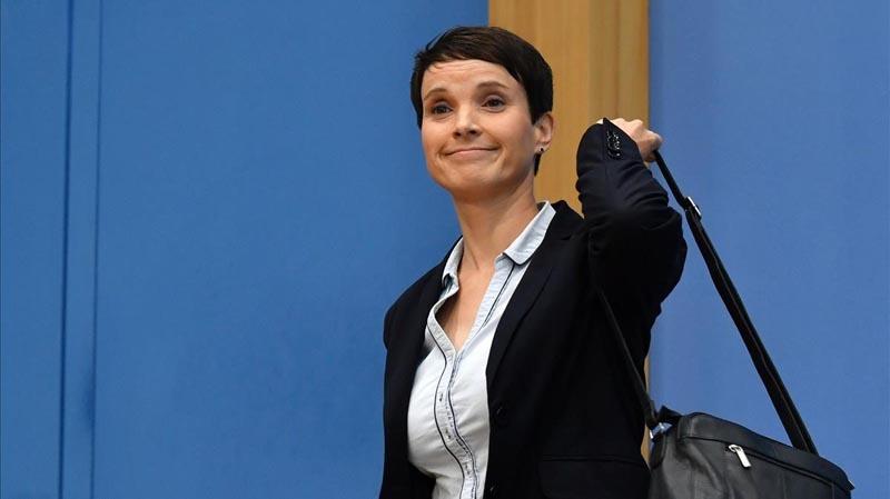 Colíder de ultraderecha en Alemania renunciará al partido