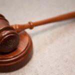 Juez australiano impone un año de cárcel a musulmán por casarse con menor