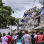 México: Ascienden a 58 cifra de muertos por el terremoto de 8.2 grados