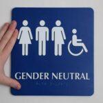 """Una universidad francesa tendrá baños para personas de género """"neutro"""""""
