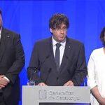 España: Puigdemont y alcaldesa de Barcelona pedirán a Rajoy negociar referéndum
