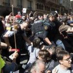 Juez investiga si gobierno catalán invirtió 6,2 millones de euros en referendo