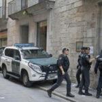 España: Policía requisa 4 millones de sobres y urnas de referéndum catalán
