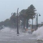 República Dominicana: Irma causa inundaciones, evacuan 6.800 damnificados (VIDEO)