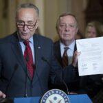 """Demócratas rechazan la reforma fiscal de Trump que """"alivia a los más ricos"""""""