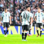 Prensa argentina destaca drama de la Albiceleste tras empatar con Perú