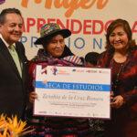 Ministra Choquehuanca:Mujeres empoderadas para luchar contra la violencia