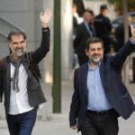 España: Juez envía a prisión sin fianza a líderes independentistas catalanes (Avance)