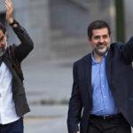 """España: Dos líderes catalanes a prisión acusados del """"delito de sedición"""" (VIDEO)"""