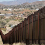 EEUU: Comité del Congreso aprobó USD 10.000 millones para muro con México