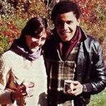 Universidad publica cartas de amor de Obama a novia universitaria