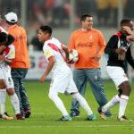 Perú con latidos de vida para llegar a Rusia 2018 con sufrido empate ante Colombia