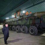 Pyongyang vuelve a amenazar con atacar Guam ante despliegue militar de EEUU