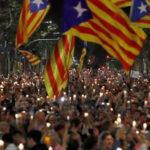España: Más de 200 mil personas exigen libertad de dirigentes catalanes (VIDEO)