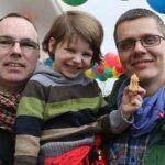 Alemania: Registran la primera adopción por padres homosexuales