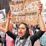 """Senadores exhortan a Trump a no usar datos de """"soñadores"""" para deportarlos"""
