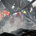 Indonesia: Aumentan a 49 los muertos por incendio en fábrica de pirotecnia