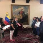 Venezuela: Cuatro de 5 gobernadores opositores juramentaron ante la Constituyente