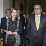 Del Castillo: Bancada evaluará facultades tras reunión con Mercedes Aráoz