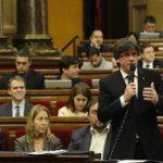 Parlamento catalán responderá el jueves a medidas de gobierno español