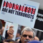 Turquía condena a dos años de cárcel a una periodista turcofinlandesa