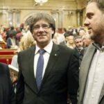 España: Fiscal denunciará por rebeldía a Puigdemont, gobierno y parlamento catalán