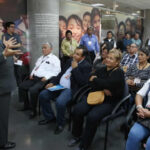Ministro Vexlerpide a padres trabajar juntos por educación de calidad para sus hijos