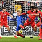 Francia sin recuperarse en su juego se impuso 2-0 frente a Gales