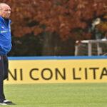 Federación italiana luego del fracaso destituye al seleccionador Ventura