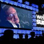 Stephen Hawking: Urge viajar a otro planeta para que la humanidad no se extinga