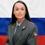 La teniente coronel de la policía más hermosa del mundo es periodista (Fotos)
