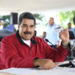 """Venezuela: Maduro anuncia un """"bono navideño"""" para 4 millones de hogares"""