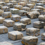 PNP detiene a 8 personas e incauta casi 100 kilos de cocaína