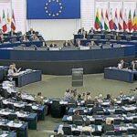 Eurocámara pide sanciones contra Polonia por no respetar separación de poderes