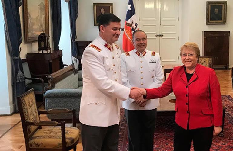 Bachelet designa como nuevo comandante en jefe del Ejército a Ricardo Martínez