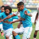 Clausura: Universitario y Cristal igualaron 2-2 en el Monumental