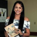 Tragedia del Chapecoense: Sobreviviente presenta entre lágrimas su libro