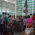 El aeropuerto de Bali reabre tras tres jornadas cerrado por volcán Agung