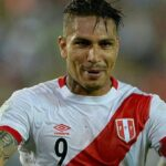 Selección peruana: Banderazo de apoyo a Paolo Guerrero a su llegada a Lima
